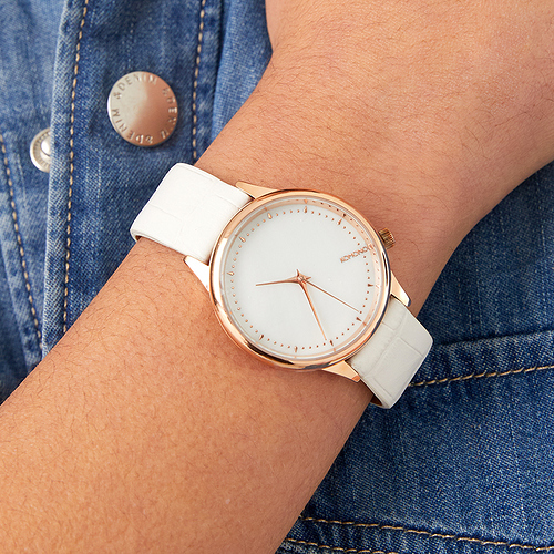 komono-estelle-monte-carlo-watch-lifestyle-2